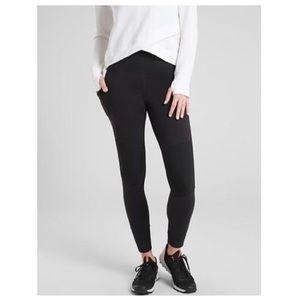 Athleta Excursion Legging XXS